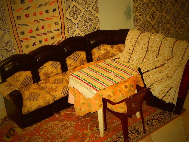 Toudgha my house private room& bathroom& breakfast