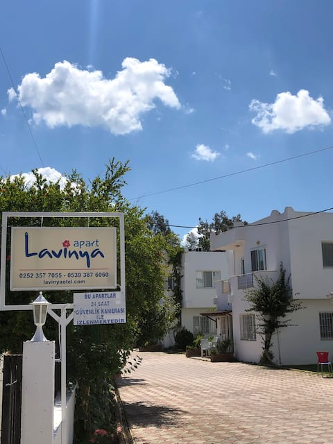 Lavinya Apartment With Terrace (private beach)