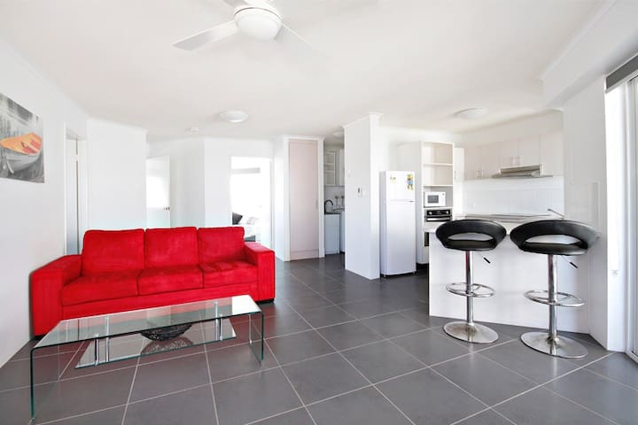 Apartment close to the beach!!! - Mooloolaba - Daire