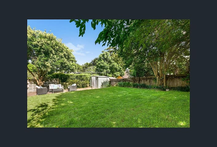 NEW LISTING - West Pymble - House