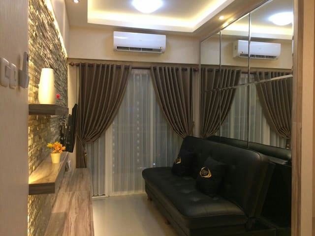 2BR Apartment with direct access to Pakuwon Mall
