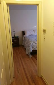 Quiet place for a layover close to Newark Airport - Apartment