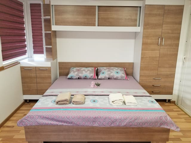 SKY Apartment - 2 bedrooms with AMAZING VIEWS