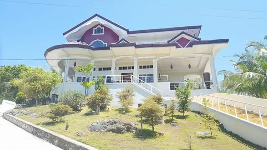 Ricardita Manor Large Modern House with Pool Cebu - PH - Hus