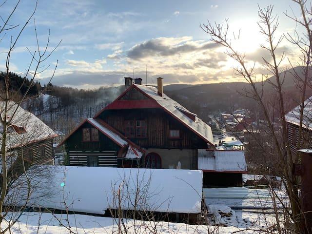 Cozy historic apartment in mountain village