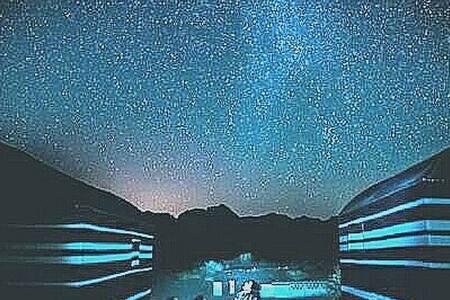 Shooting stars Bedouin camp