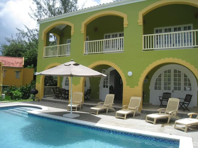Rainbow Villa, Tobago - Black Rock - Villa