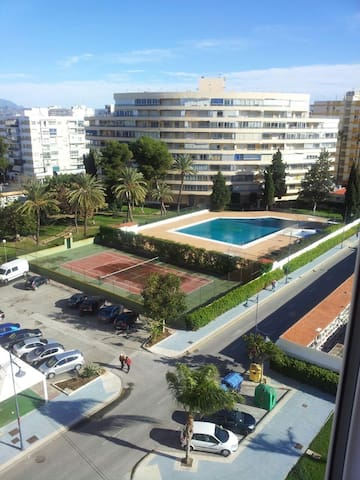 Fantastic Apartment for 4 with Pool! - Torre del Mar - Lägenhet