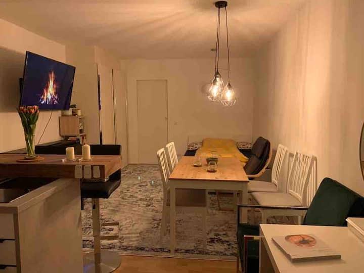 Modernes Studio/Home-Office in München (Nähe BMW)