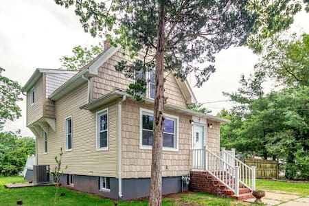 Large House in Edison near NYC,TRAIN,RUTGERS,MALL