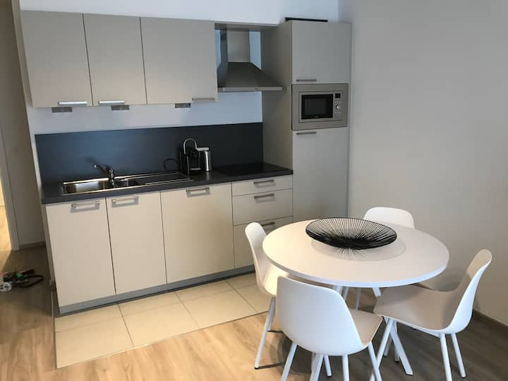 New flat, clean, close to public transport, calm