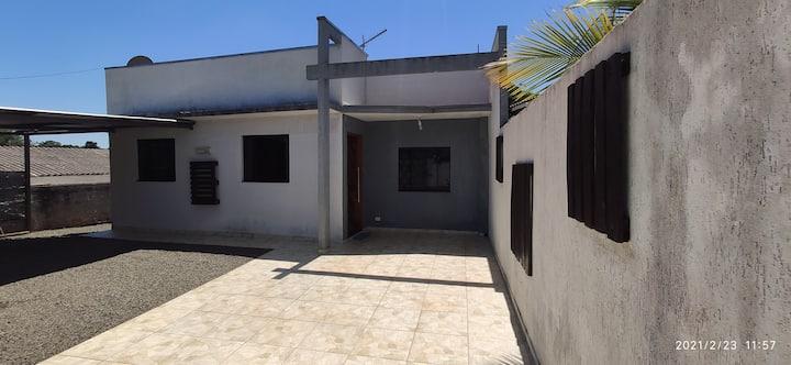 Casa Mobiliada por DIA em Campo Mourão