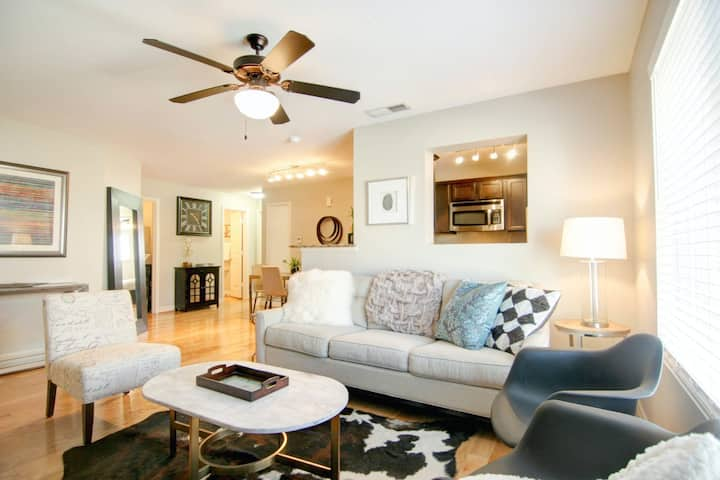 New listing! Lovely Austin home w/free WiFi/full kitchen super-close to downtown