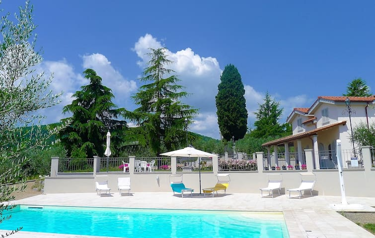 Rose del Chianti, amazing villa, wine and cooking - Figline e Incisa Valdarno - วิลล่า