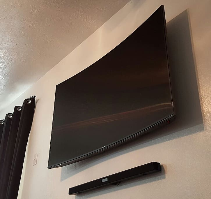 65 inch curve smart tv with cable all movie channels available and Samsung sound bar