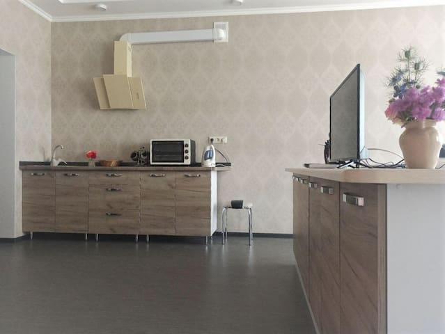 Черноморск - Солнечные апартаменты у моря