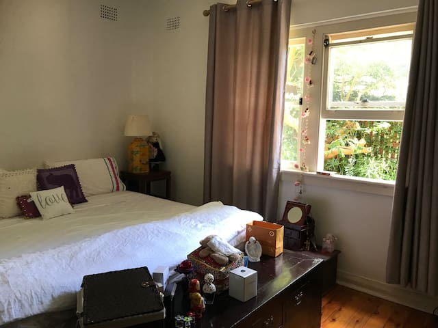 Christmas/New Year 1 bedroom apartment in Rose Bay