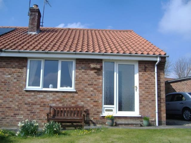 Kelvin Holiday Bungalow, Thornton le Dale - Thornton Dale