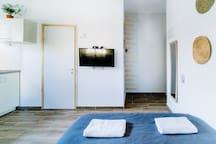 ☼ Economy Studio + Netflix + 1min>Beach! ☼