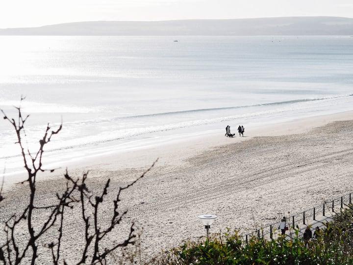 Beach Retreat1-luxury apartment close to Sandbanks