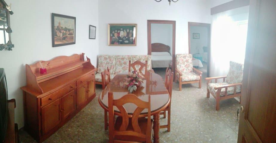 Apartamento familiar muy céntrico en Conil