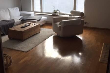 Suburban house 20 min from Tampere inc sauna etc - Valkeakoski - Dom