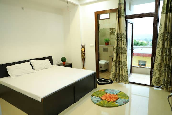 Super Deluxe Room in Rishikesh