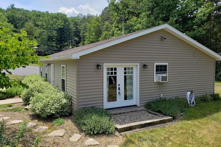 Inlaw suite near State College for the Adventurer