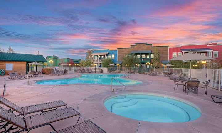 2BR condo Bison Ranch sleeps 6 in AZ/Wyndham