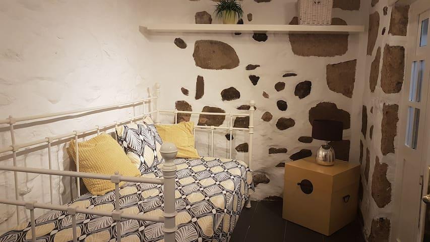La Casona Roja - Zimmer Amarillo