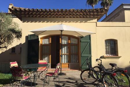Monolocale nella Villa Acquamarina con piscina - Grimaud