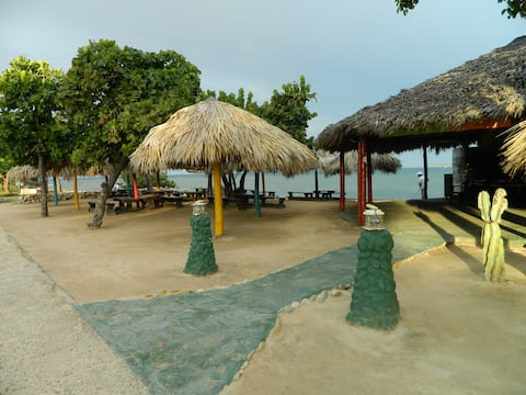 Maisonette @ Casa Estrada Trinidad.coastal
