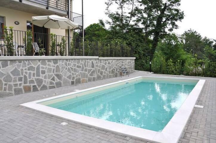 Appartamento San Vincenzo con piscina