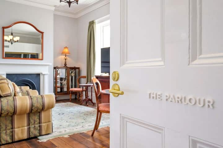 The Parlour | 258 Macquarie Street