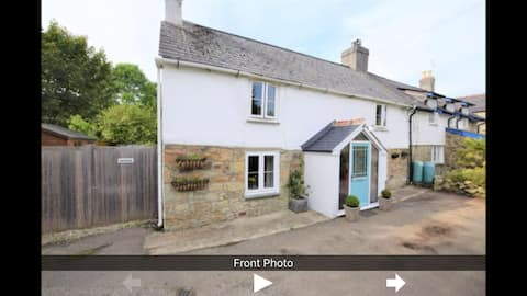 Stunning 18th century cottage oozing in character