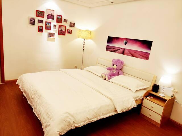 万达原鱼公寓-遇见普罗旺斯舒适大床房