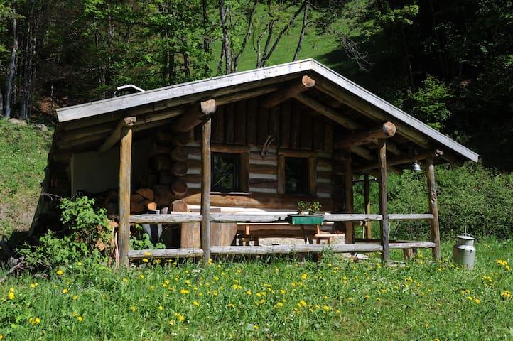 Hütte zu vermieten - Almhüttenfeeling garantiert!