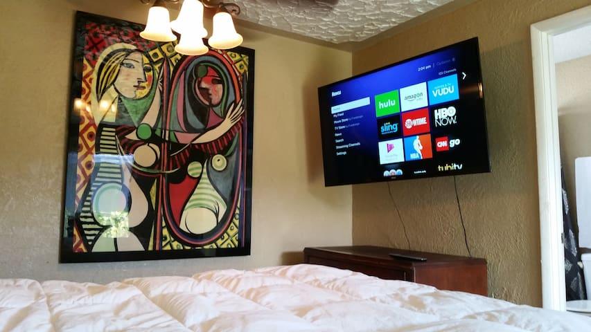Picasso Studio by UNLV and Hard Rock Hotel-Casino