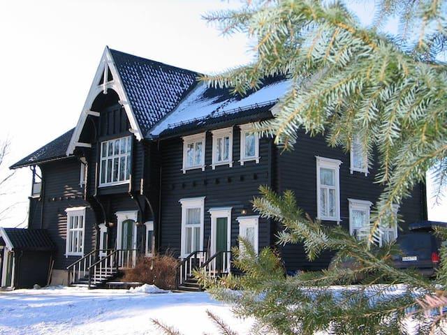 Lerkelund - Bøn - Casa