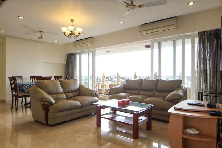 Centrally located, Sea Facing Luxury Apartment - Mumbai - Appartement
