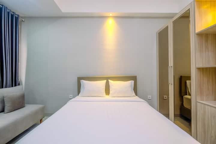 Homey and Warm Studio Apartment Oasis Cikarang