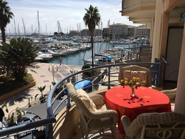 Magnifique appartement -Port Fréjus - Fréjus - Apartment