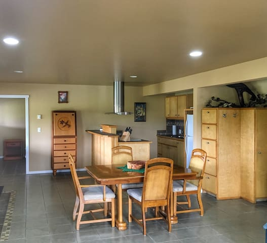 Pacific Sunset Vacation Rental