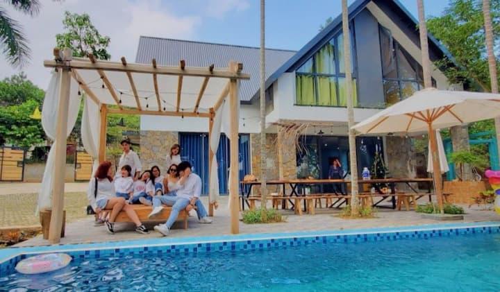 The Kefi House villa Hoa Giay for 25-30pax