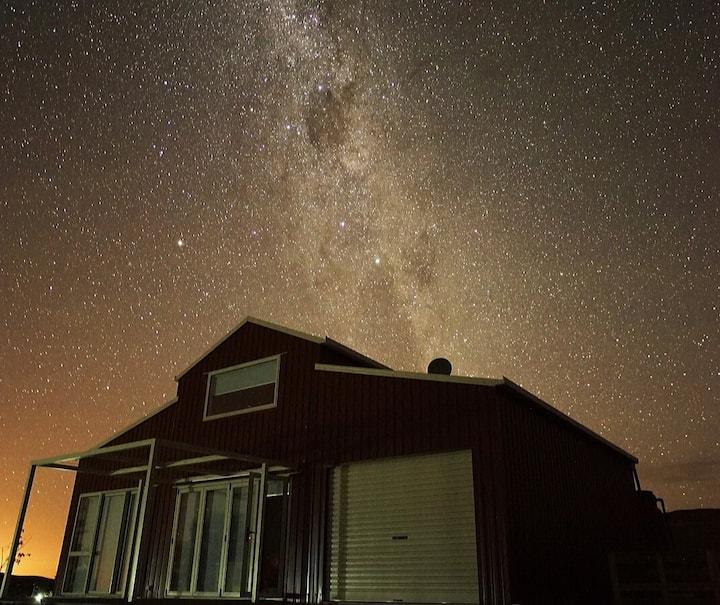 Starry Skies Limestone Valley Estate Farmstay