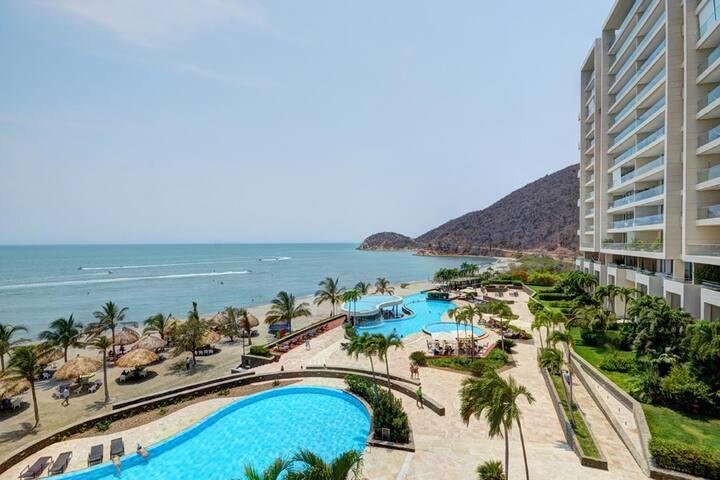 Luxury Beachfront Condo in Sierralaguna, by month