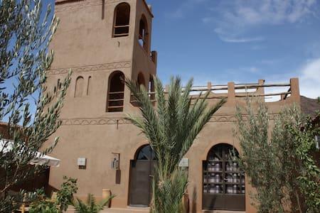 ZEMZEM Kasbah -maison privée d'artiste- Ouarzazate