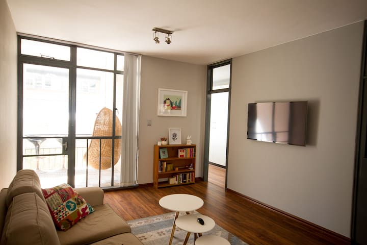 Bright & Cozy City Living - Johannesburg - Lägenhet