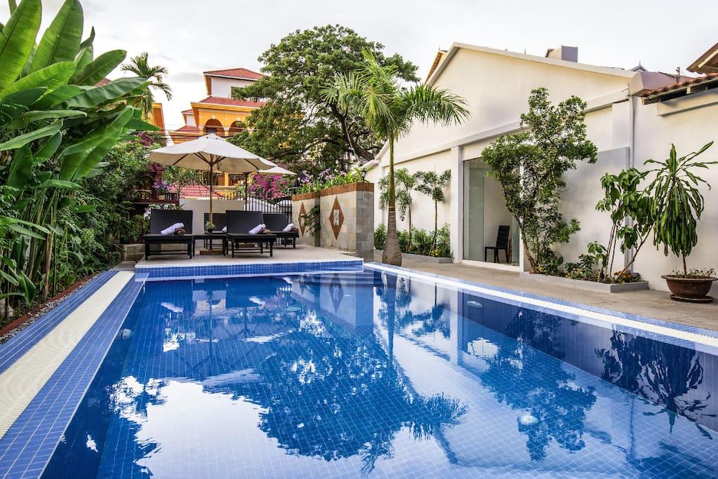 Entrance. Swimming pool
