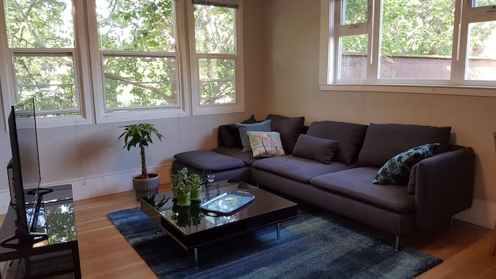 Renovated Two Bedroom Apt in Fairfax Town Centre!